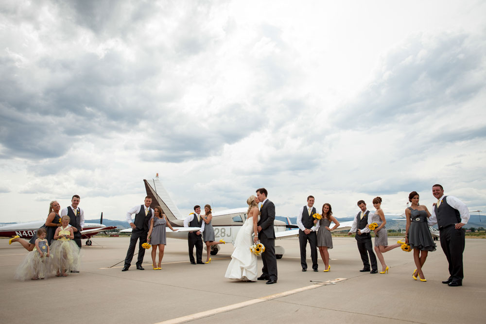 Colorado Wedding - skydiving