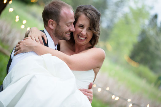 A Casual Garden Wedding in Boulder from Devon K PhotographyDevo0114