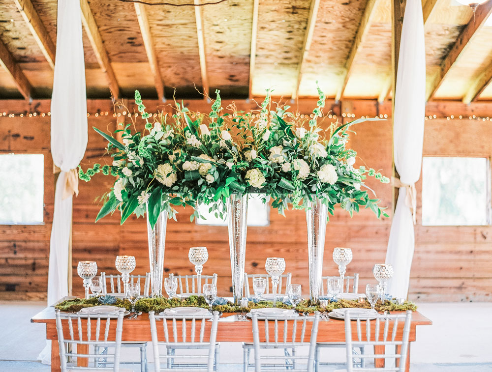 Styled Shoot: Rustic Southern Barn Elegance