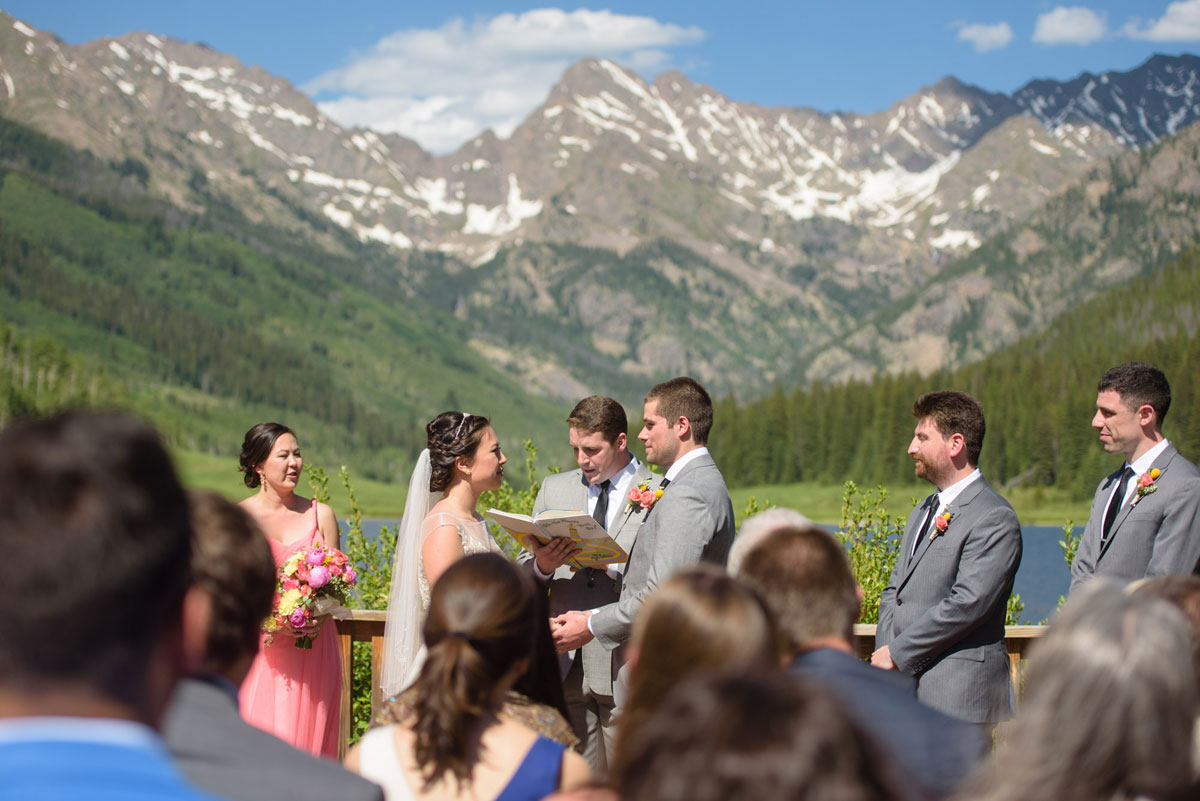 A Fun & Relaxed Colorado Mountain Wedding