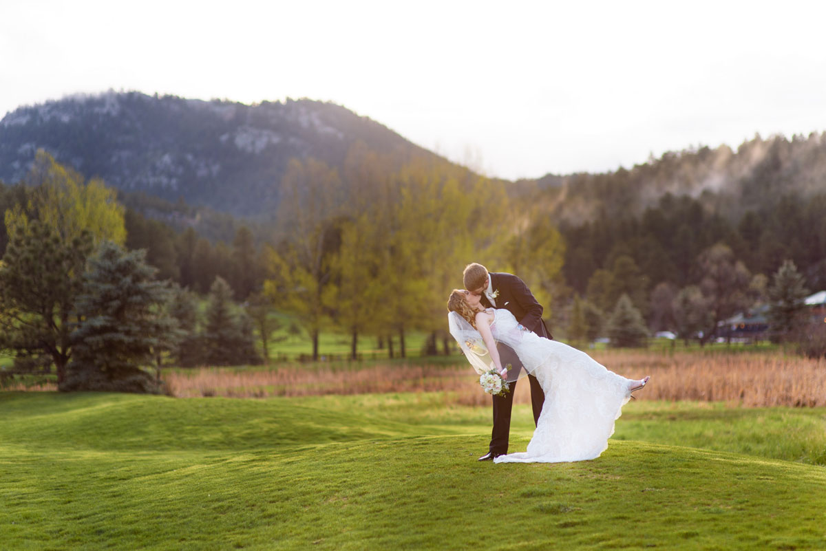 A Spring Wedding at Evergreen Lake House, Colorado