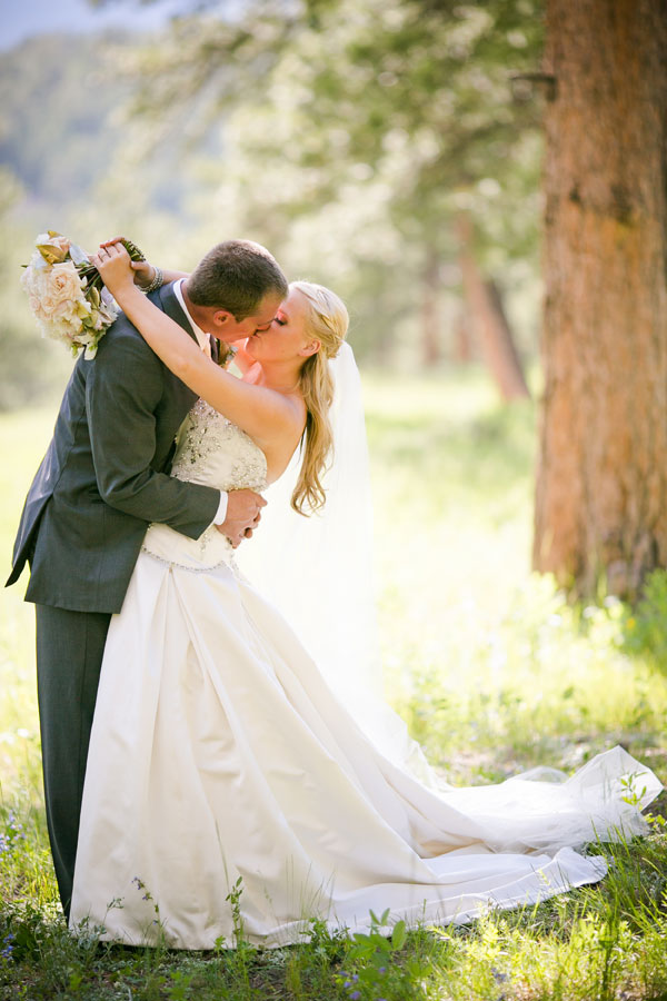 A Glitzy Estes Park Wedding Filled with Flowers