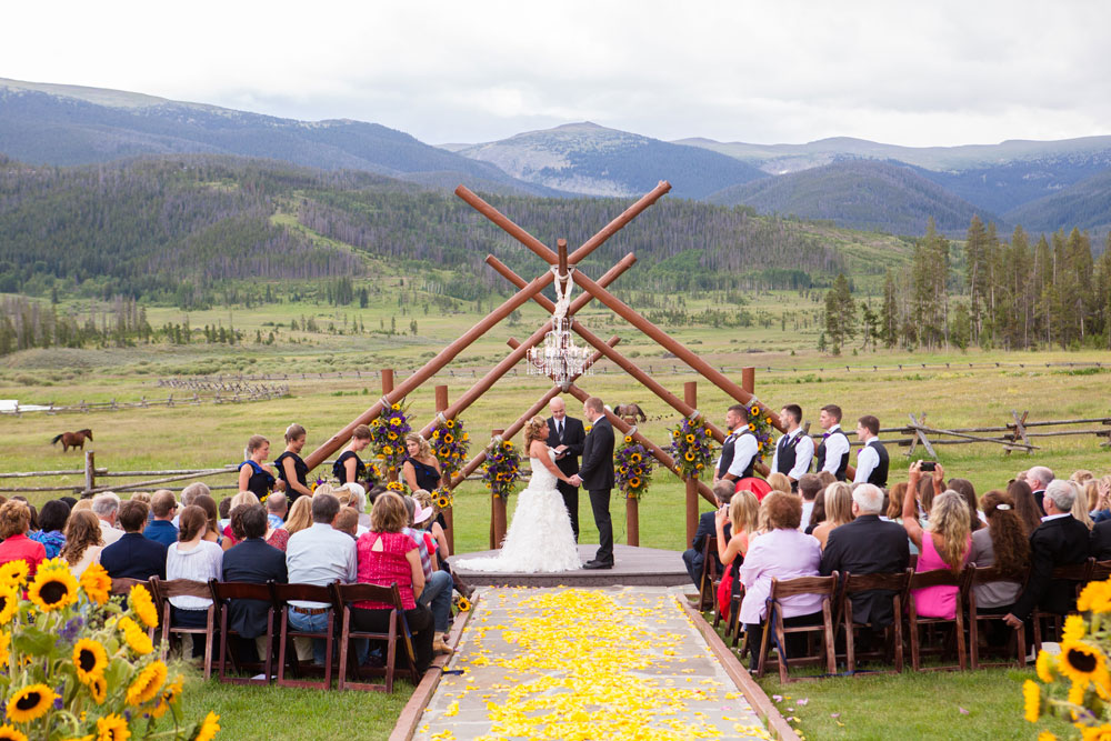A Rustic Meets Modern Wedding at Devil's Thumb Ranch | Colorado Weddings Magazine