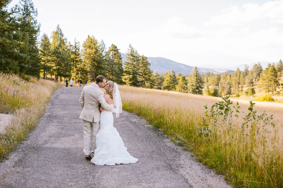 An Autumn Wedding in the Colorado Rocky Mountains