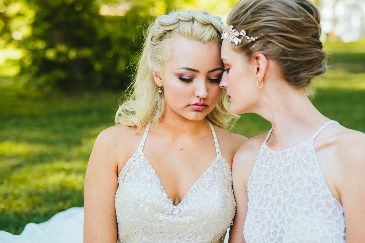 na-svadbe-lesbiyanki