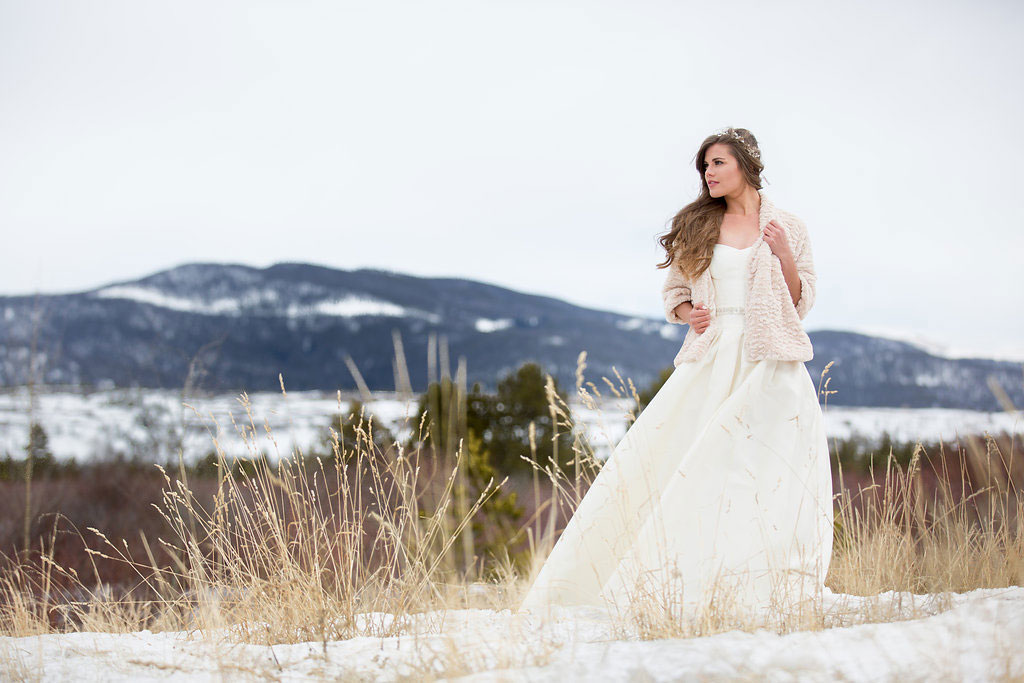 Minimalistic Rocky Mountain Inspired Shoot, Colorado